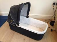 Nipper Carrycot with mattress