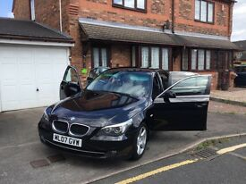 BMW 520d 2007 ( parrots Bluetooth audio handsfree )