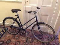 "Vintage 1960's ""ladies"" frame Raleigh Wayfarer city bike - near original condition"