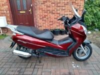 2010 Honda S-Wing 125 scooter, MOT, runs very well, automatic, fair condition, use on CBT ,,