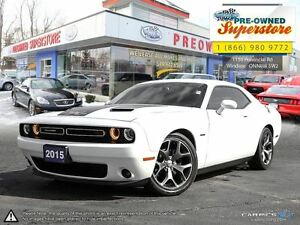 2015 Dodge Challenger R/T >>>automatic/NAV<<<