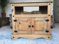 Beautiful SOLID WOOD TV stand/Living room furniture