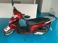 2017 Honda Vision 110 Scooter Red (Smart key, 17.7L Storage, Brand new condition)