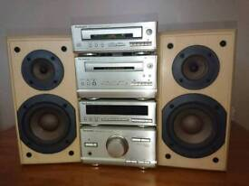 Technics SE-HD301 mini stereo system