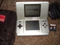 NINTENDO DS WITH GAME CASE AND CHARGER