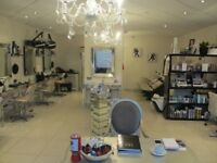 HAIR & BEAUTY SALON: BOWDON: REF: G8794