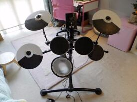 Electronic Drumkit Roland TD-1KV V-Drums ( retails £519 on Amazon) barely used for £400 collection