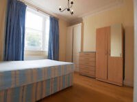 A 3 double bedroom flat placed moments from Stroud Green and Finsbury Park Tube