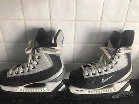 Nike unisex ice skates size 5