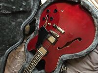 Tanglewood NOT Gibson ES 335 semi acoustic copy with hard case