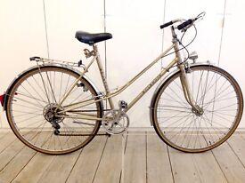 Vintage Second-hand Ladies Gold Kahlhoff Town Bike