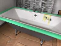 Square Bath With Tap £450 High Quality Need Gone ASAP