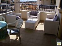 Costa Blanca, 2 bedroom, 2nd floor apt, English TV, Wi-Fi, A/C Oct from £185, 4 persons (ref SM038)