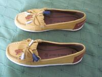 Womens new moccasin shoes