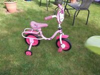 HELLO KITTY CHILDS BIKE 10 INCH WHEELS WITH STABILISERS SOLID TYRES EXCELLENT CONDITION HARDLY USED