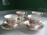 Colclough Bone China Cups & Saucers - Wayside Pattern in Good Condition