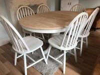 Extending Shabby Chic Oak Table and 6 Lovely Chairs