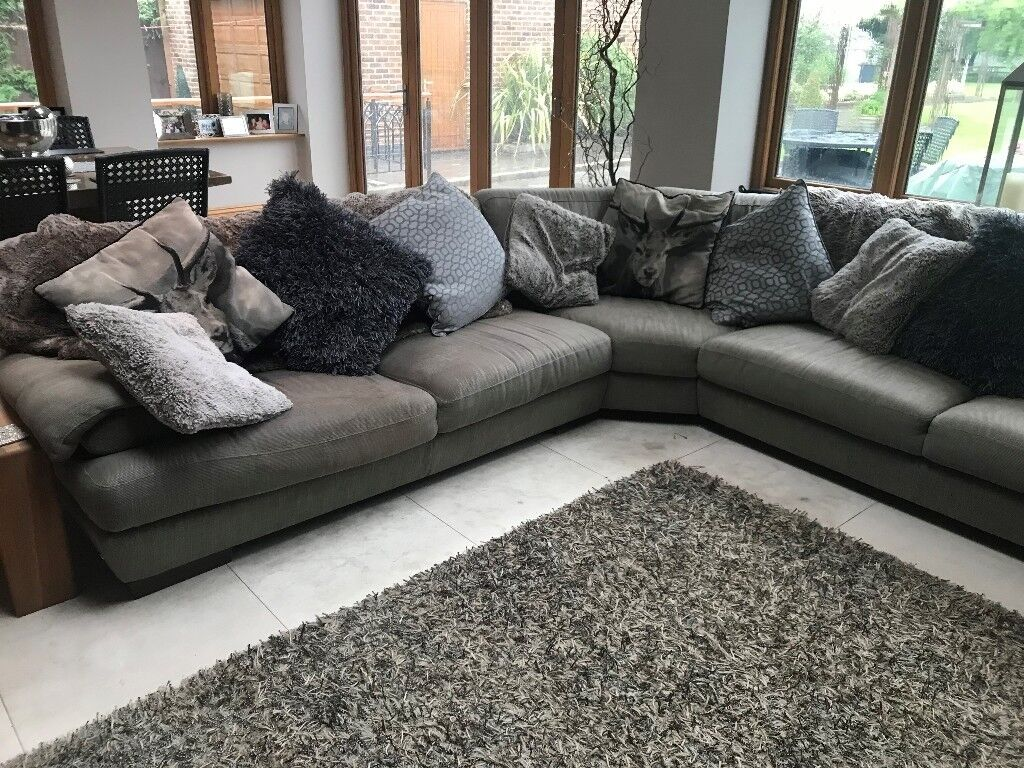 Natuzzi Corner Sofa In Neutral Grey Colour Fabric