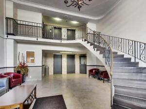 2 Bedroom 2 Bath Apartment for Rent in St. Catharines: Elevator