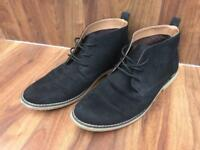Men's H&M black suede lace up desert boots, size 8