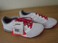 Brand new adidas trainers SIZE 5 eur 38