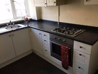 LARGE DOUBLE ROOM FOR RENT IN ACTON IN TIDY CLEAN FLAT NEAR WHITE CITY