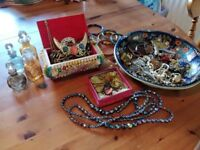 Huge job lot vintage jewellery and other bits possible resale