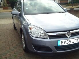 Only 1 former keeper. 5 door hatchback. Drives very well. Clean inside out. One full years MOT.