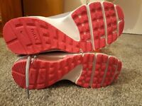 Ladies size 6 nike air trainers brand new