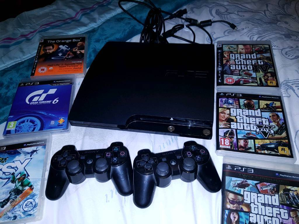 60GB PS3, 2 controllers, 6 games