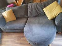 Did lullaby 4 seater sofa settee and 2 seater cuddle chair
