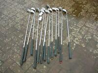 Set of mens golf clubs