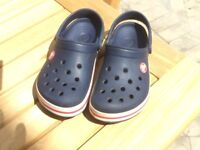 Croc Band Navy and Red size 12/13
