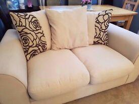 REDUCED PRICE £200 2 piece sofa set VGC