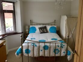 Double room with ensuite in Warsash to let for £550 pcm charge.