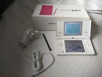 Nintendo dsi white with 100 games on game card