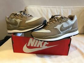 NIKE AIR WIND RUNNER TR2 UK SIZE 8 BRAND NEW IN BOX UNWORN