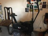 2 in 1 cross trainer / elliptical machine and exercise bike