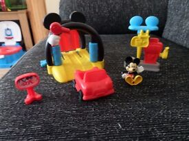 Mickey Mouse Clubhouse Soap n Suds Car Wash