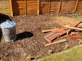 Free wood chippings / bark