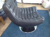 black gaming chair