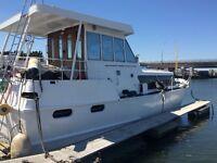 Wide Beam River Cruise 40 feet long by 13 feet wide liveaboard East London
