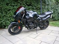 Suzuki RF900 Streetfighter - Project - 24,000 Engine - Just needs MOT