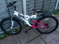 Women's brand new mountain bike
