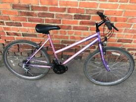 Universal Fusion Ladies Mountain Bike. Serviced, Free Lights, Lock, Delivery.