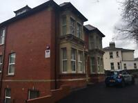 1 bed flat to rent in Newport centre.