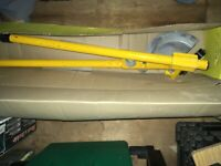 Hillmor Pipe Bender had some use see pics for details