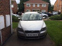 Volvo v50 low miles !HAD new clutch and service +rear shocks