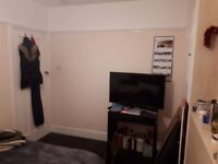 double bedroom furnished