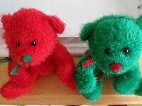 Teddy Bears(Red and Green)